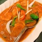 インド料理 ショナ・ルパ - プロンチャルミナール(エビと野菜を濃いソースで調理した辛口のカレー)1700円