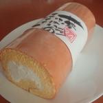 ケーキハウス・アン - 料理写真:もちもちロール 787円