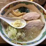 特麺コツ一丁ラーメン - ラーメン 麺半分 700円 ニンニクあり