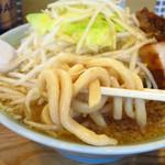 らぁめん伊山 - 大麺太麺