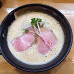 中華そば おしたに - 料理写真:【期間限定】鰆と鶏の白湯そば 850円(2019年5月)