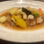 107899337 -                        お野菜たっぷり                       じゃがいも、パプリカ、黄ズッキーニ、ピーマン、ゴーヤ、白菜、トマト