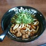 元祖肉肉うどん - スープの色で味がわかる??