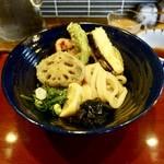 うどん工房悠々 - [2019/04]彩り野菜天うどん・ぶっかけ冷(900円)