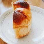 クロックムッシュ - 夏みかんパン カット(税込110円)