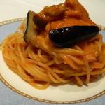 Jidoroppu - 秋なすとしめじのトマトパスタ