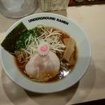anda-guraundora-menganja - ライトラーメン(¥780)