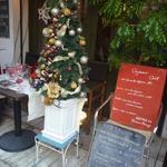 ビストロ・ポワソン・ルージュ - クリスマスツリーが・・
