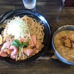 自己流ラーメン綿麺 - つけ麺(両替機は使用しておりません)