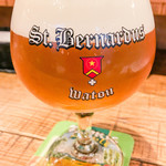 St.Bernardus - ベルギービルは25タップ、ボトルも多数