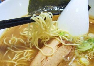 麺屋一龍 - 食感の良い細ストレート