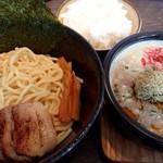 麺屋 赤橙 - 特製小悪魔つけ麺(970円)
