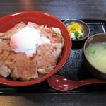 日豪レストラン ゆめや - オージービーフ ローストビーフ丼
