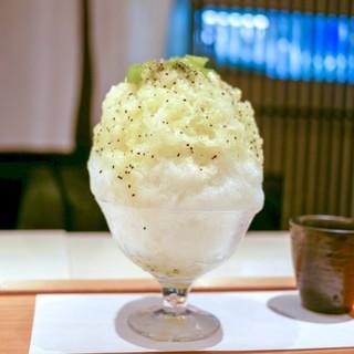 緋毬 - 料理写真:☆キウィフルーツのかき氷 820円