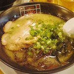 Bakubaku - 麦麦 こてこてとんこつらーめん670円