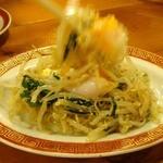 10800595 - 広州市場ナムル380円也。温玉のせでかき混ぜてうまいっす