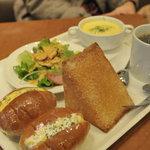 10801806 - モーニングセット+スープ+シュガートースト