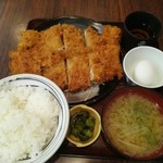 甚兵衛 - ジャンボチキンカツ定食850円