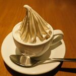 108025926 - クレミアカップのアイスクリーム(ホリデーランチメニュー 前菜とデザートセット)