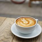 ストリーマー コーヒーカンパニー - Streamer Latte (¥590)