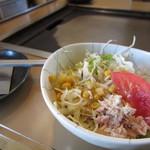 どんじゃ - セットのサラダ