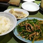 10803872 - 「青椒肉絲定食」(880円)