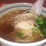 中国料理 青山 - シンプルなラーメン