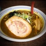 じぇんとる麺 - 室蘭カレーラーメン