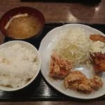 南蛮食堂 - チキン南蛮と鶏から定食