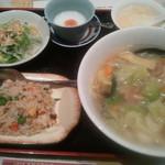 10805930 - 本日の日替わり定食 野菜ラーメン定食