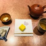 108054551 - お菓子とお茶のセット。その空間と味わいに癒されて。