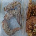 から揚げ専門店 鶏一番 - 手羽先甘醤油。油淋鶏。