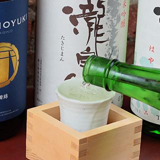 """1杯に""""いっぱい""""のお酒を。升で堪能する~こだわりの純米酒~"""