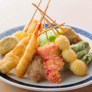 【なにわ味を堪能】串カツ・鉄板焼き等、豊富な逸品料理あり◎