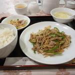 108067416 - 豚肉と筍の細切り炒め
