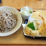 鷹山 - 料理写真:特上天せいろ(大盛り)(2019.4)