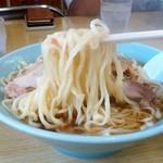 岳乃屋 - 岳乃屋@田沼(佐野市) ラーメン 麺