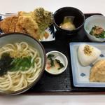 108077014 - うどん定食(日替わり)
