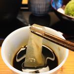 108077737 - この幅広な葛きりが、金沢の葛きりの特徴!!むちむちとした食感ですヽ(´▽`)/