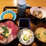 膳処くろひめ - ぜいたく海鮮丼1,000円