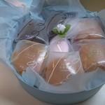 八芳園 - お土産のお菓子