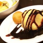 レストラン セリーナ - もう一回クレープwとポンデケージョ、フルーツ。