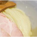 108091636 - ド美しい麺。