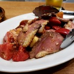 Yorgo - 料理写真:鴨とイチジク フルーツトマトのマリネ 1300円