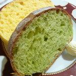 1081849 - 自家製パン