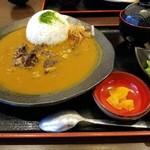 情熱うどん讃州 - 料理写真:和牛すじカレー 900円