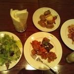ペローラ アトランチカ - ビュッフェの料理