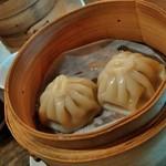 上海茶房 Lu-Lu-Cha - 料理写真:晩茶① 上海小籠包
