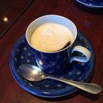 珈琲のシャポー - 生クリーム投入でウィンナコーヒーに!