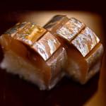 赤坂 詠月 - 料理写真:鯖寿司